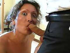 Mature shemale in latex seduces man from shemalehotties.com