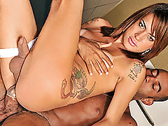 Patricia Andrade Loves Her Tranny Dick from Shemales For Cash